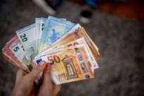 Man betaalt met valse biljetten van 20 euro in Colruyt Maaseik