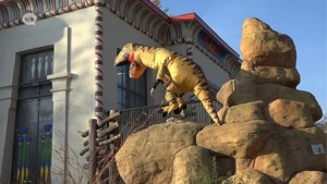 Man verkleed als dino dringt Zoo van Antwerpen binnen om dieren lastig te vallen