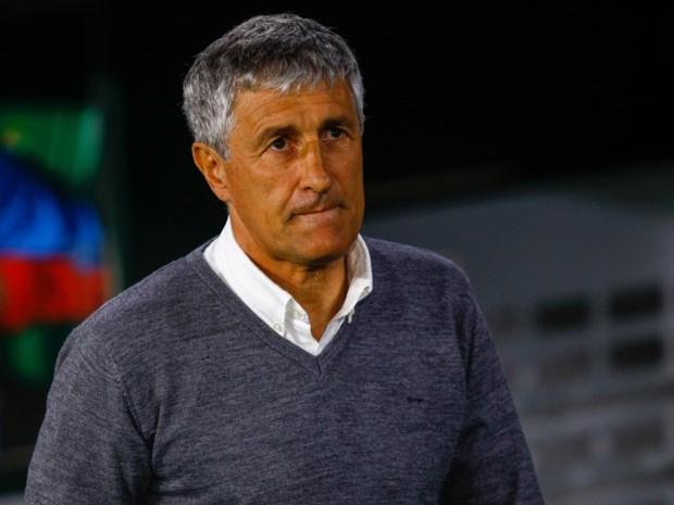 """Quique Setien voorgesteld als trainer van Barcelona: """"gisteren stond ik tussen de koeien, vandaag train ik de beste spelers ter wereld"""""""