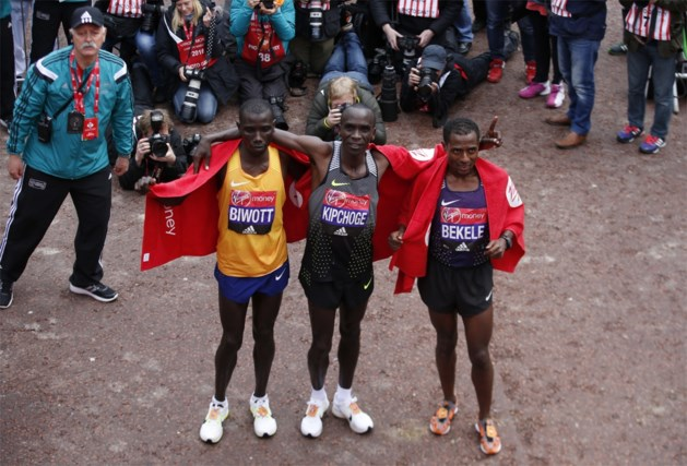 """Topduel tussen Kipchoge en Bekele op marathon van Londen: """"De tweestrijd die de hele wereld wil zien"""""""