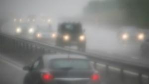 Opgelet op de baan: KMI waarschuwt voor gladheid en aanvriezende mist