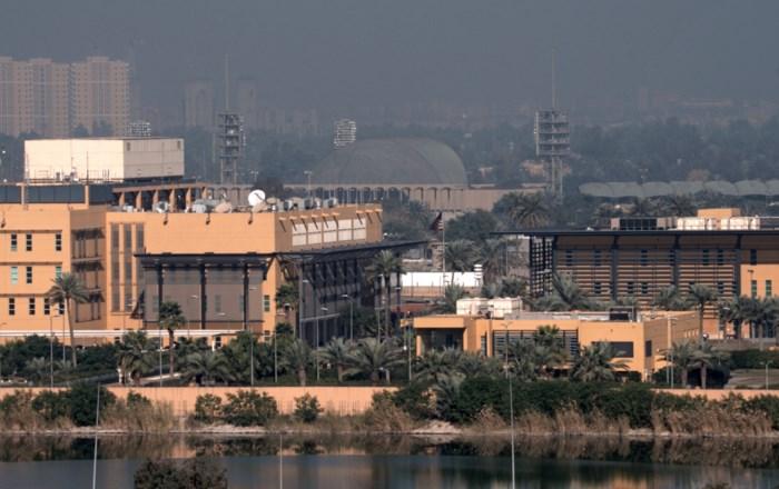 Drie raketten slaan in naast Amerikaanse ambassade in Bagdad