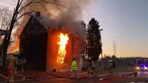 Uitslaande brand in Bret-Gelieren: huis volledig verwoest, gezin op straat