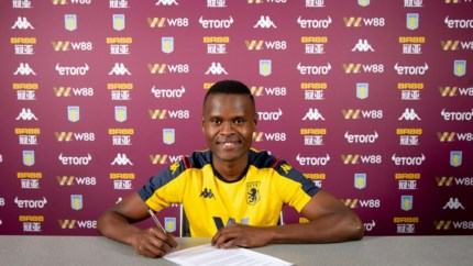 Samatta tekent tot 2024 bij Aston Villa