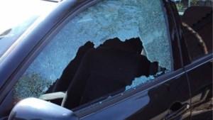 Politie waarschuwt voor verdachte situaties na reeks inbraken in voertuigen