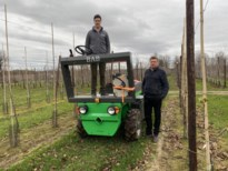 Zelfrijdend platform onderhoudt plantages