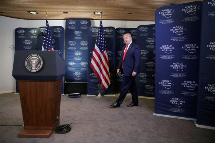 """Trump dreigt met heel hoge invoerheffingen op Europese auto's: """"Jarenlang geprofiteerd"""""""
