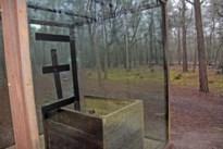 Vandalen vernielen glazen kubus in Klankenbos