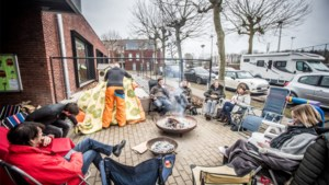 Toch kamperen bij Hasseltse scholen ondanks aankoop digitaal inschrijvingssysteem