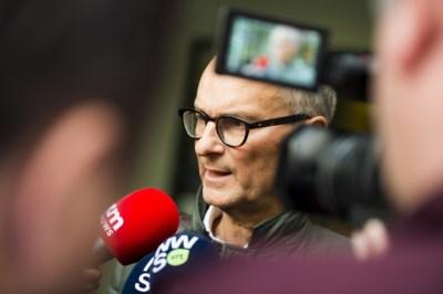 Dispuut escaleert: Hans Rieder geschorst als rechter