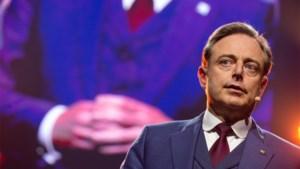 """De Wever na uitspraken van Bouchez: """"Zo help je de zaken niet vooruit"""""""