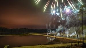 Bokrijk onder vuur door vuurwerk tijdens Winteravonden