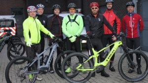 Sportievelingen leren elektrisch mountainbiken