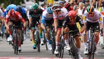 """Caleb Ewan zet puntjes op de i in Tour Down Under, Philipsen terug in puntentrui maar """"toch gefrustreerd"""""""