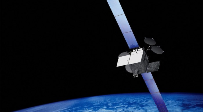 Amerikaanse tv-satelliet van bijna vier ton dreigt te ontploffen