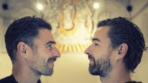 Peters & Peters: tweelingbroers zijn beiden succesvolle kunstenaars