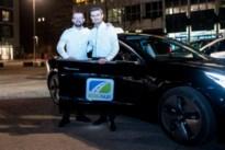 Broers lanceren de eerste elektrische taxi van Limburg