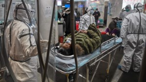 """""""Coronavirus grijpt sneller om zich heen dan verwacht"""": al 56 doden in China en besmetting in Canada"""