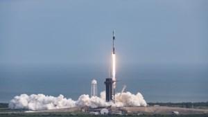SpaceX wil vandaag 60 satellieten voor breedbandinternet tegelijk lanceren