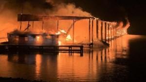 Brand in jachthaven in Alabama: 35 woonboten gaan in vlammen op, al zeker 8 doden