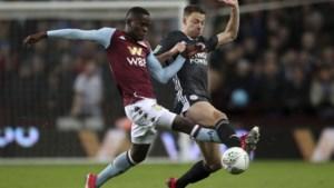 Ex-Genkie Aly Samatta debuteert bij Aston Villa en gaat naar halve finale in League Cup