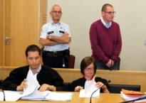 Oudermoordenaar mag een paar uur de gevangenis verlaten