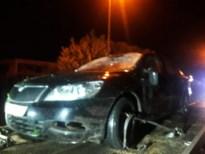 Boom valt op passerende auto in Kermt