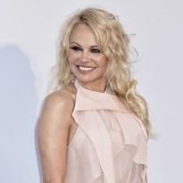 Pamela Anderson deelt eerste foto met haar vijfde echtgenoot
