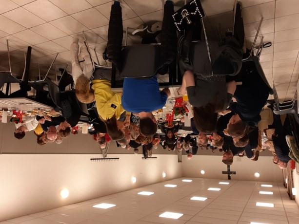 Parochies verbroederen tijdens restaurantdag Leut