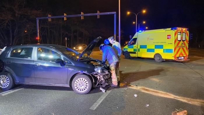 Twee gewonden bij ongeval op Hoevenzavellaan