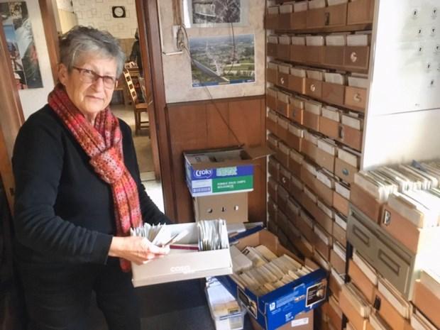 Meer dan 7.000 nieuwe bidprentjes voor Maasmechelse superverzamelaar