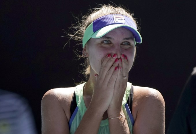 Kenin verrast nummer 1 Barty en thuispubliek in halve finale Australian Open
