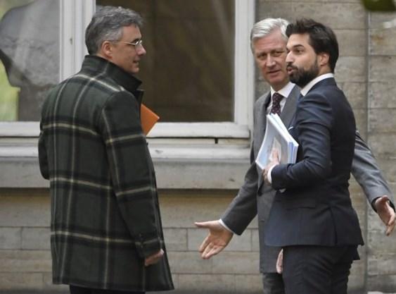 Koning Filip roept informateurs Coens en Bouchez onverwacht naar paleis