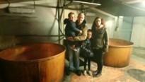 Stroop van Vrolingen gered: nieuwe stokers zetten traditie voort