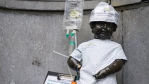 Manneken Pis kleedt zich al kankerpatiënt voor Wereldkankerdag