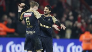 Refaelov schiet Antwerp vanop de stip naar bekerfinale