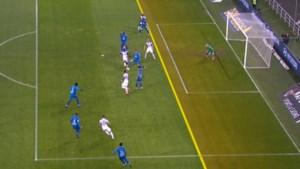 Opschudding in AA Gent-Anderlecht: lijnrechter keurt goal af, maar bedenkt zich