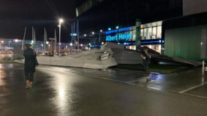 Storm Ciara bereikt AA Gent: deel van het dak van Ghelamco Arena weggewaaid