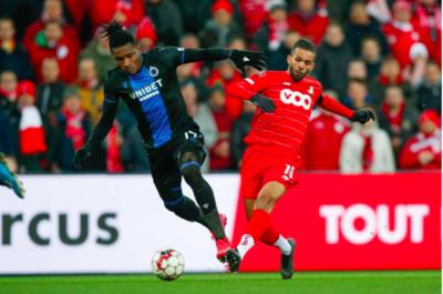 HERBELEEF. Stevige en niet zo fraaie topper tussen Standard en Club Brugge levert geen doelpunten op