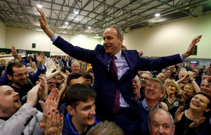 Sinn Féin behaalt meeste stemmen, maar Fianna Fáil meeste zetels