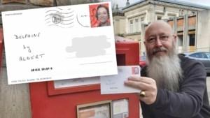 Man maakt 'koninklijke postzegel' met Delphine Boël erop en jawel: de brief komt aan