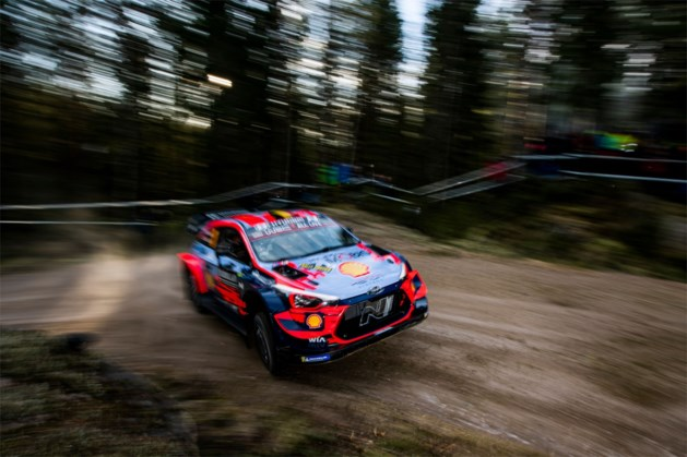Neuville is achtste in shakedown Rally van Zweden