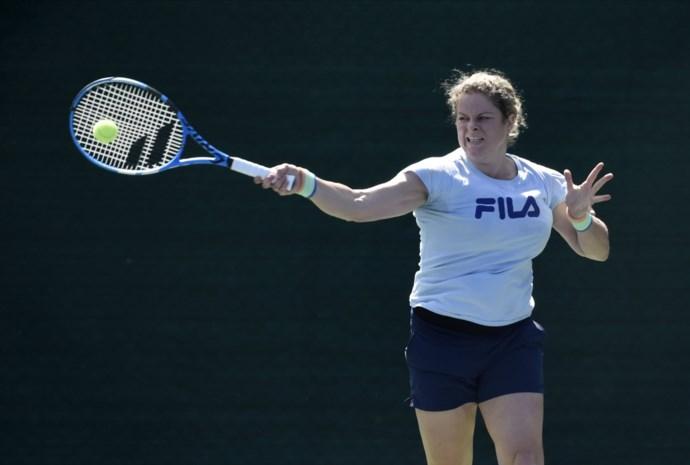 Kim Clijsters traint eerste keer in Dubai voor comeback
