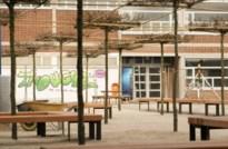 Klassieke klaslokalen en speelplaats zijn hier verleden tijd