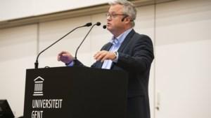 Politicoloog Carl Devos gelooft niet in nieuwe verkiezingen, maar ook niet in Vivaldi