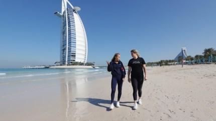 Vijftien jaar na rondleiding ontmoeten Clijsters en grand slam-winnares elkaar weer