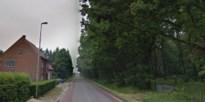 Meisje van zeven belandt tegen auto bij oversteken straat