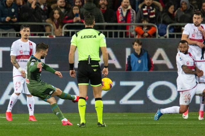 Dries Mertens scoort weer voor Napoli en komt dicht bij legendarisch record
