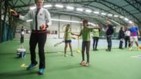 Match van Kim Clijsters op scherm in Breese tennisclub