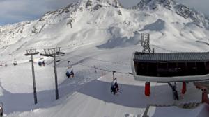 VAB waarschuwt voor lange files naar de bergen dit weekend